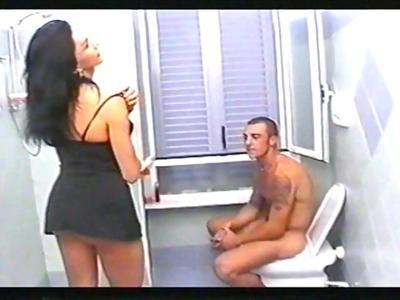 Oh la vidéo française que l´on a là!. Amateurs de transsexuel, cette vidéo est p